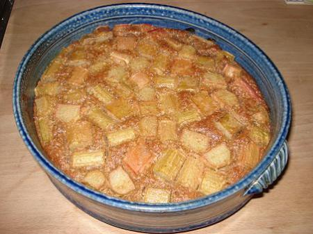 rhubarb-butterscotch-pie-whole.jpg